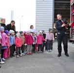 Kauno apsk.. priešgaisrinės gelbėjomo tarnybos Garliavos komanda veda edukacinias valandėles